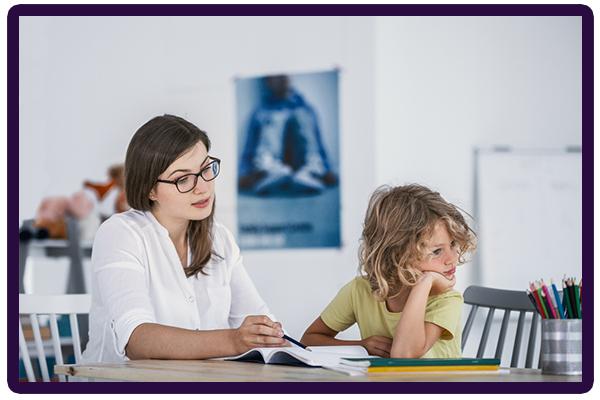 رفتار صحیح با کودکان بیش فعال